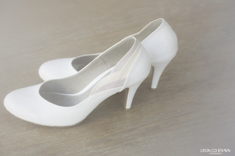 נעלי ערב לבנות