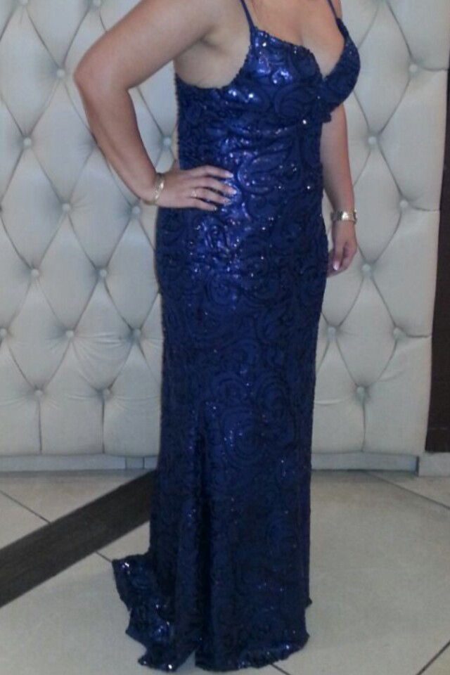 שמלת ערב כחולה של שלומי דדון
