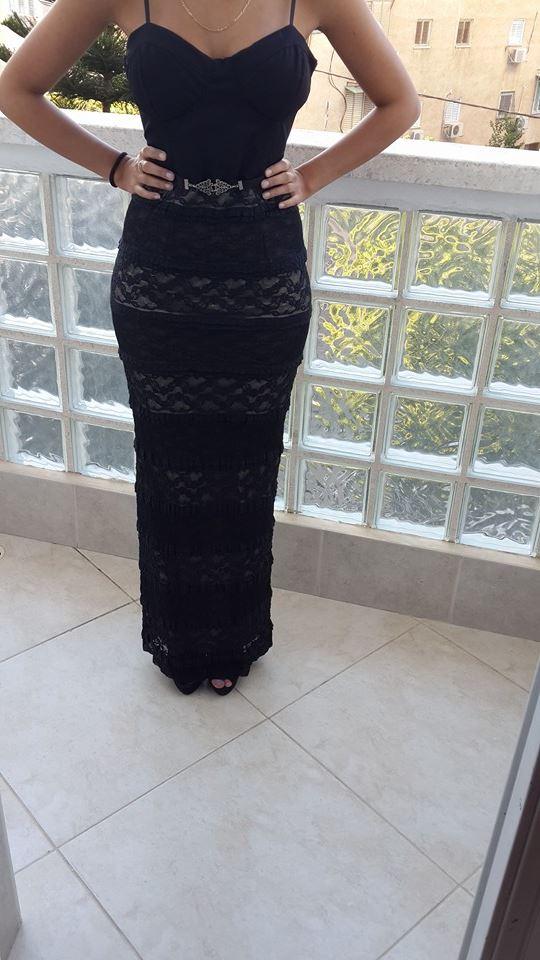 שמלת ערב מהממת עם נוכחות