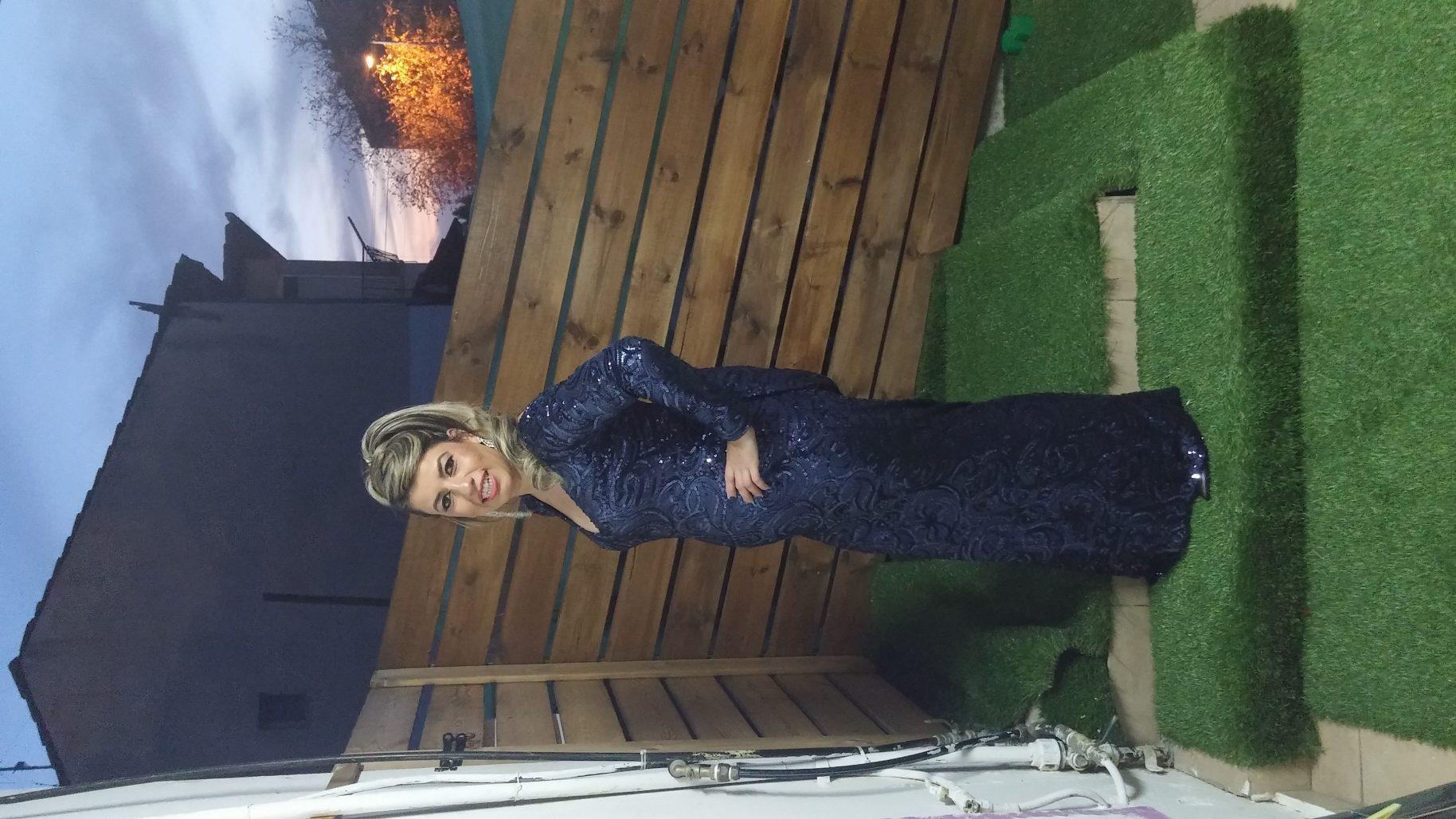 תמונות נוספות של שמלת ערב עם גב פתוח