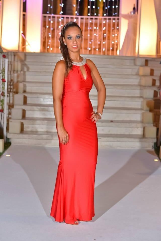 תמונות נוספות של 2 שמלות ערב, באדום ובטורקיז