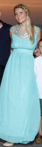 שמלת ערב ירוקה מתופרת