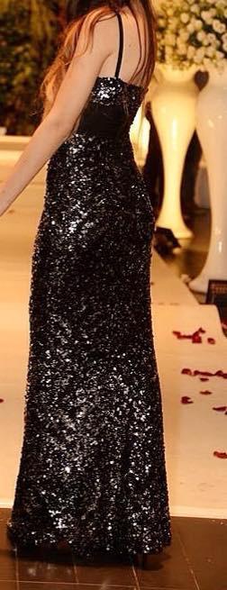 תמונות נוספות של שמלת פייטים מושלמת בגוונים של כסף ושחור