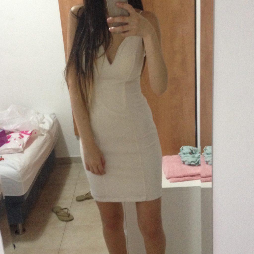 תמונות נוספות של שמלת מיני מנצנצת