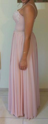 תמונות נוספות של שמלה בתפירה ועיצוב