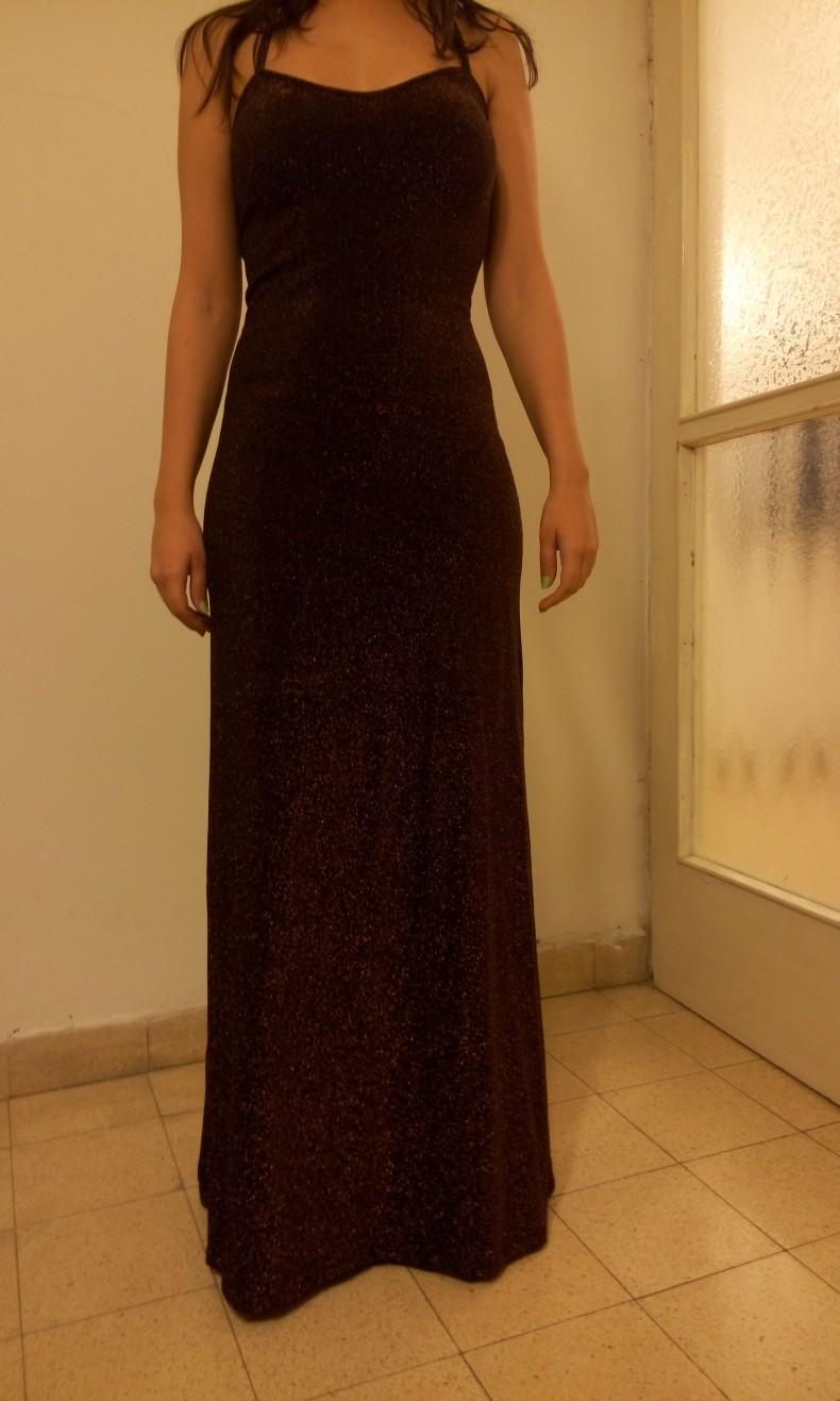 שמלת ערב שחורה עם בד מנצנץ