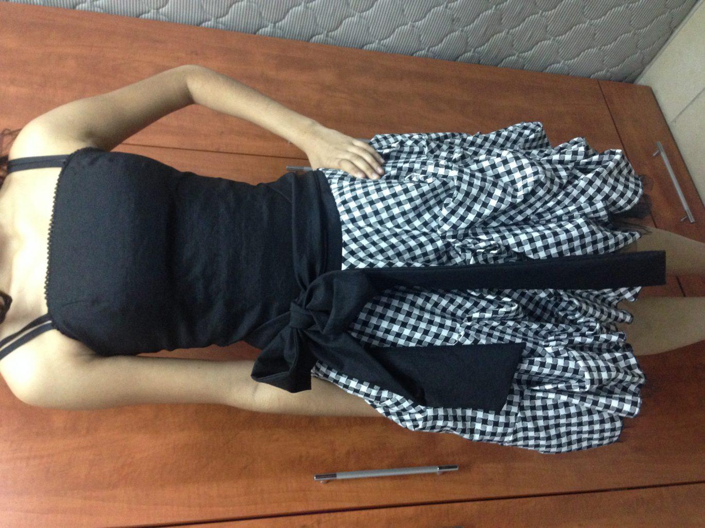 תמונות נוספות של שמלה מהממת שחור לבן