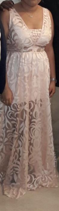 שמלת ערב בצבע אפרסק