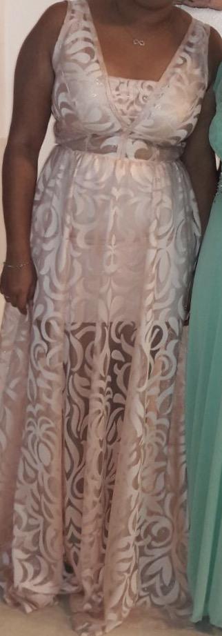 תמונות נוספות של שמלת ערב בצבע אפרסק