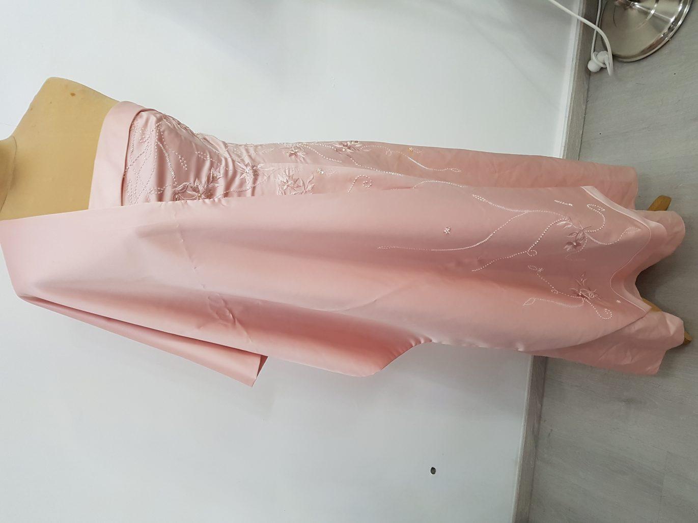 תמונות נוספות של שמלה קלאסית
