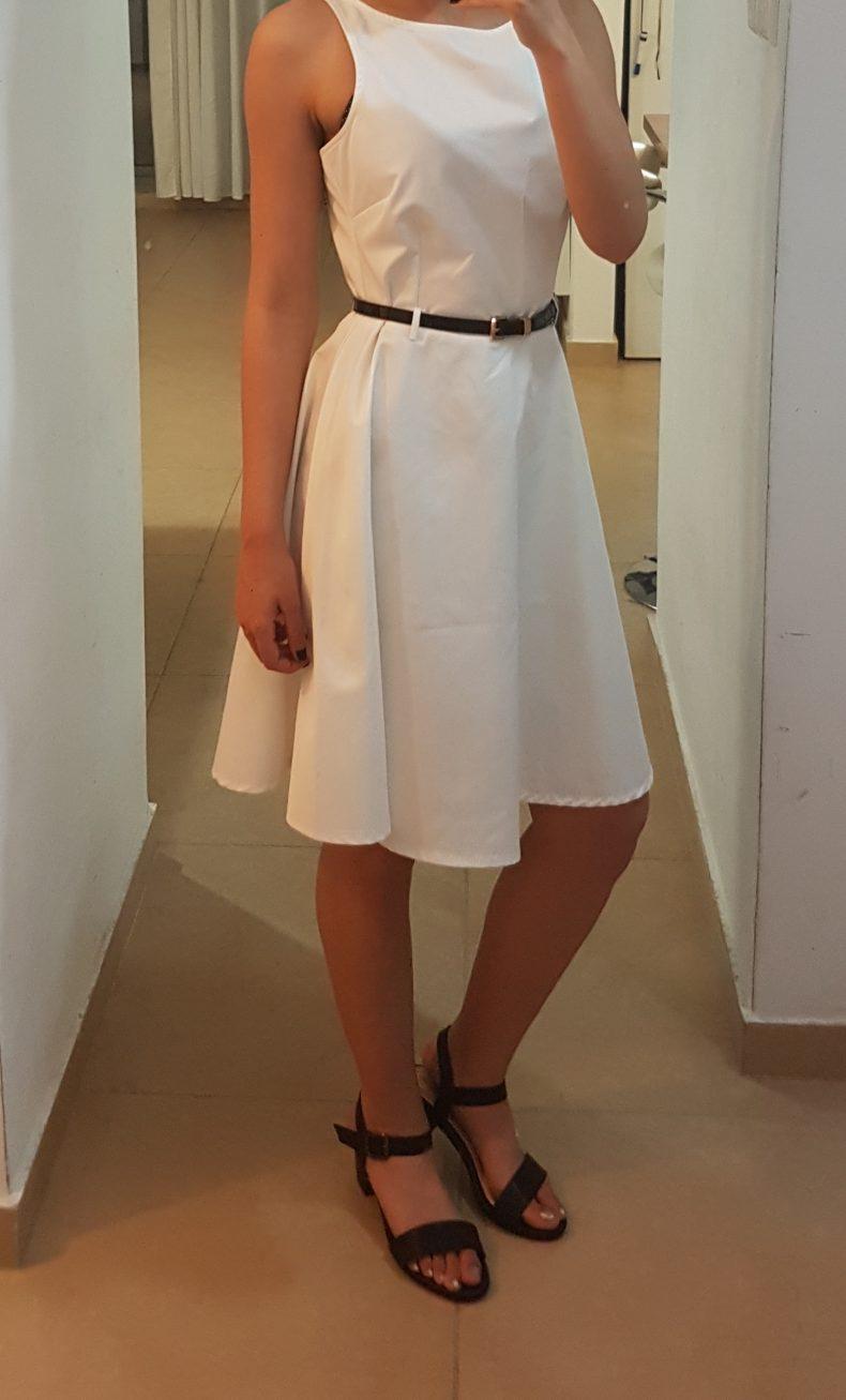 שמלה לבנה מהממת