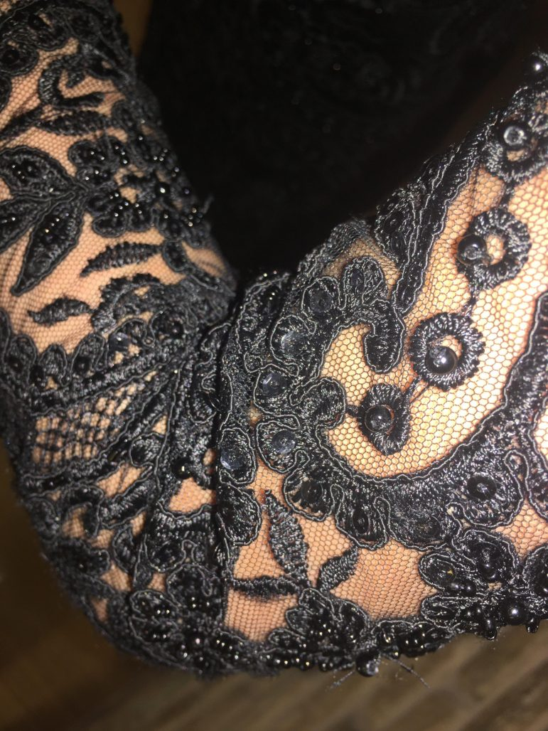 תמונות נוספות של שמלת ערב שחורה ומיוחדת