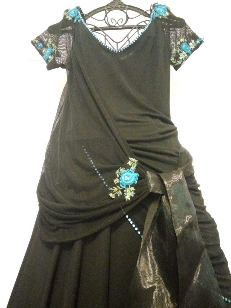 תמונות נוספות של שמלת ערב של מעצבת, נלבשה פעם אחת בלבד