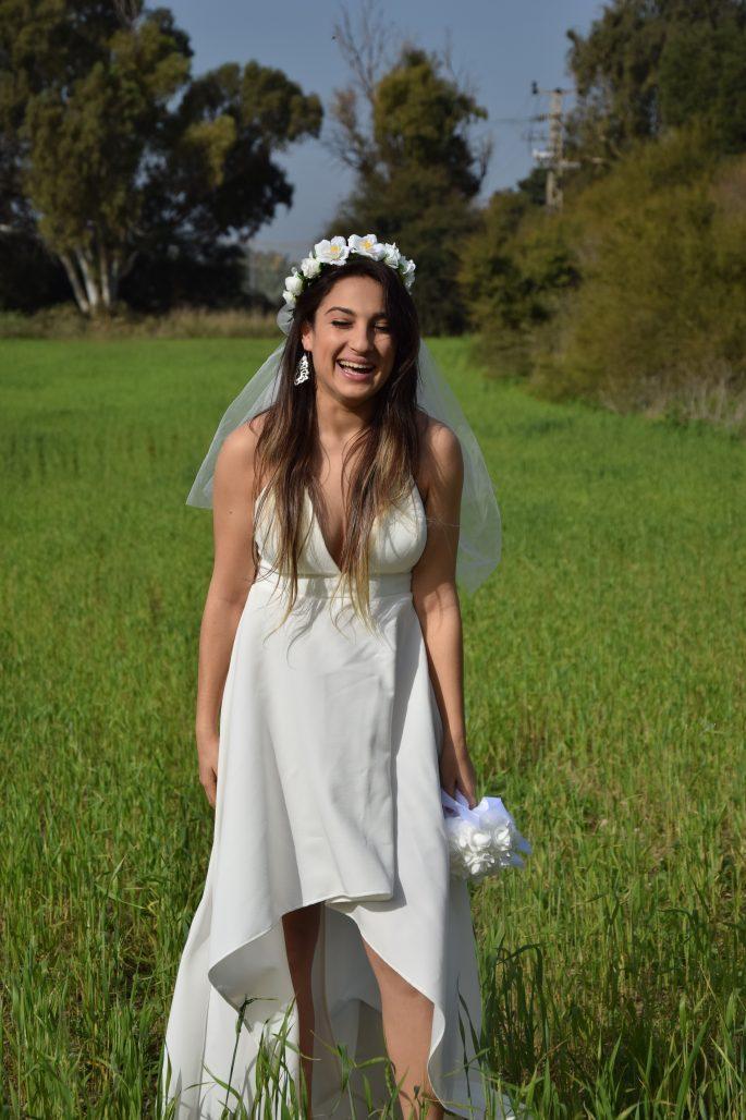 תמונות נוספות של שמלה לבנה חגיגית