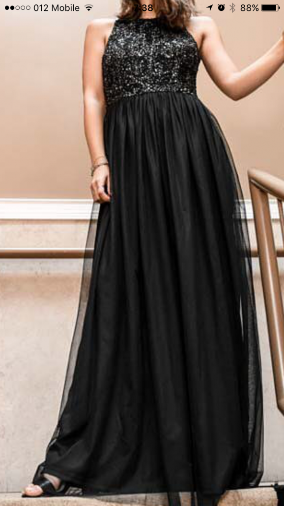 שמלת ערב שחורה