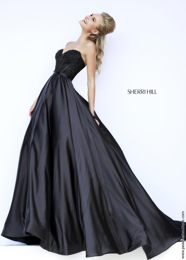 שמלת מעצבת