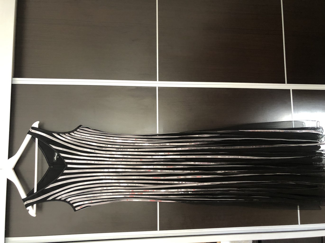 תמונות נוספות של שמלת ערב תוצרת צרפת