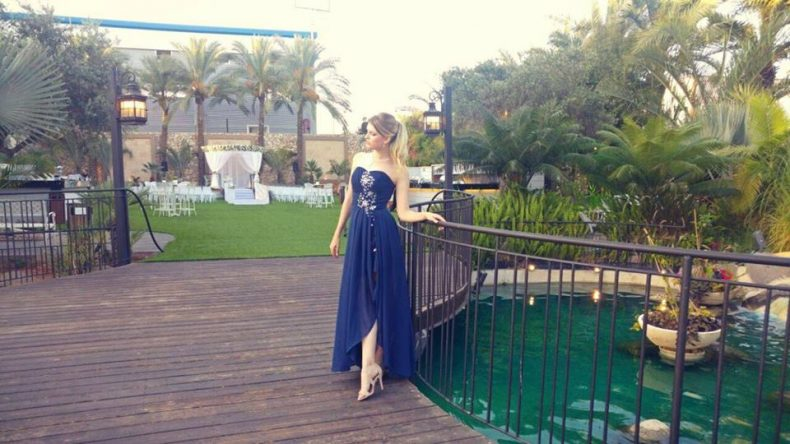שמלת ערב יפיפיה