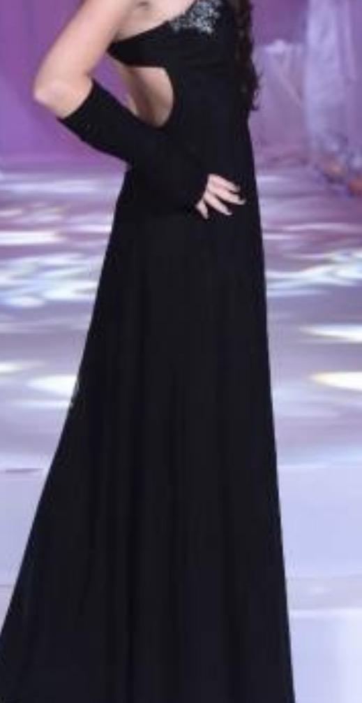 תמונות נוספות של שמלת ערב מדהימה למכירה או השכרה