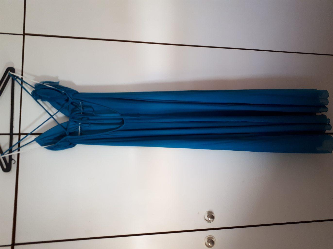 תמונות נוספות של שמלת ערב קלילה וכיפית