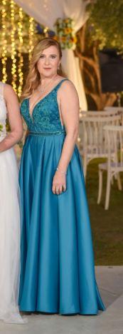 שמלת ערב מפוארת סולידית