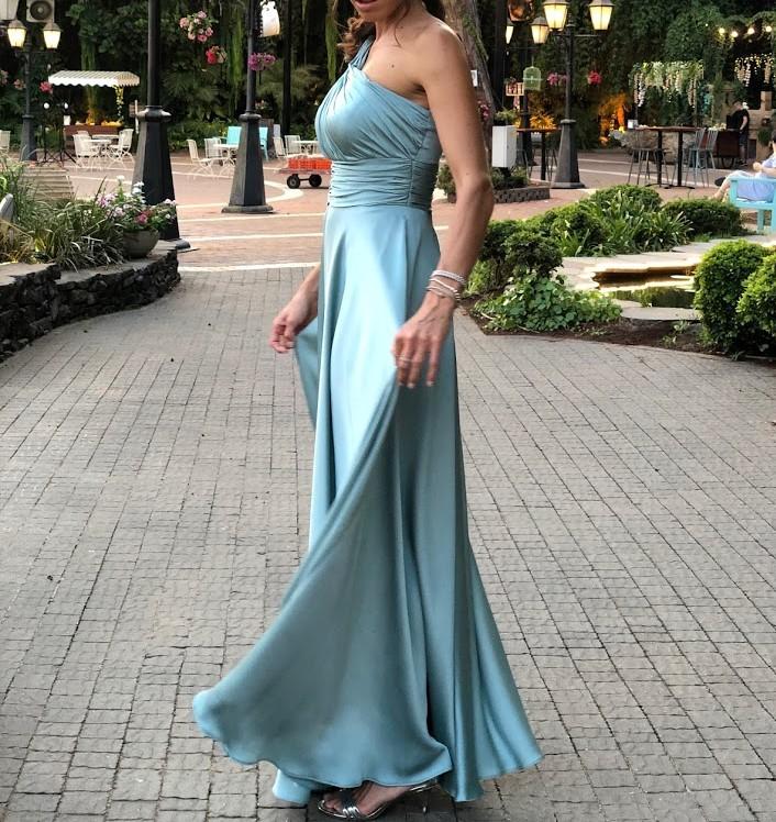 שמלת ערב מושלמת ממעצבת