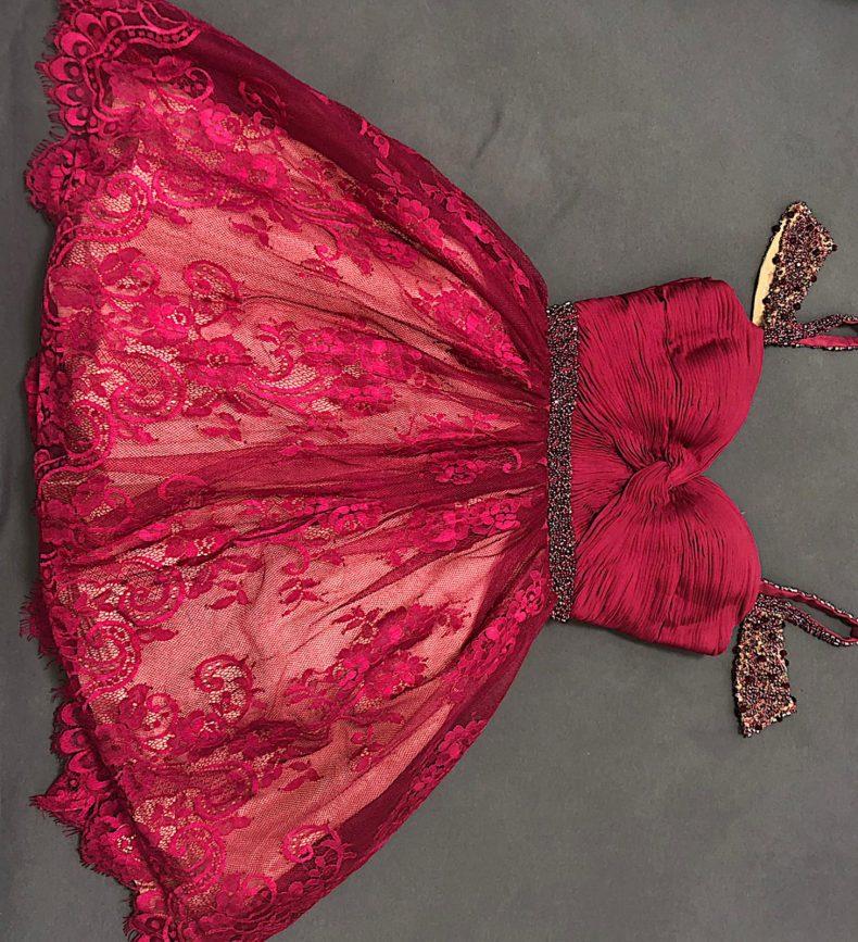 שמלת ערב בגוון בורדו סגלגל