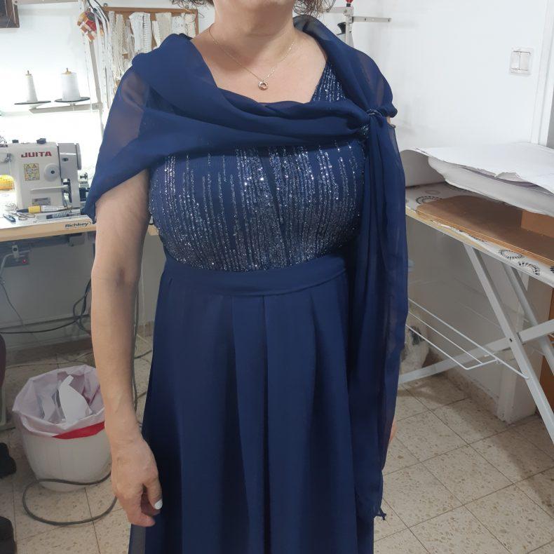 שמלת מעצבת לאמא של הכלה