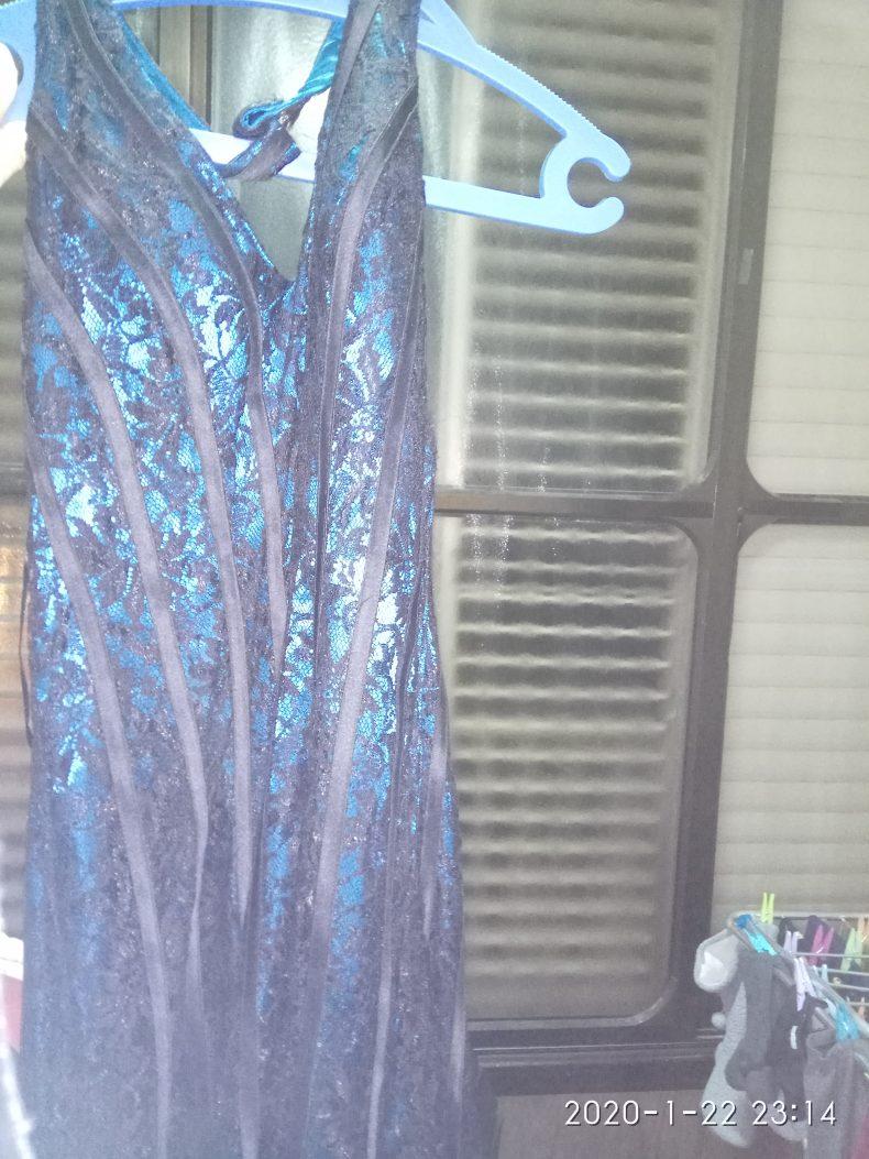 שמלת ערב מקסי ללא שרוול