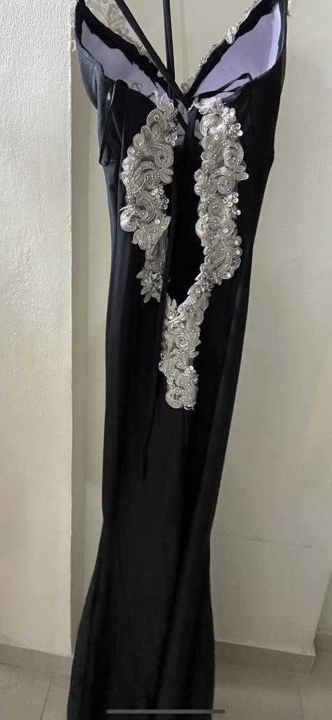 תמונות נוספות של שמלת ערב בעיצוב אישי למכירה -ארוכה , תחרה רקומה