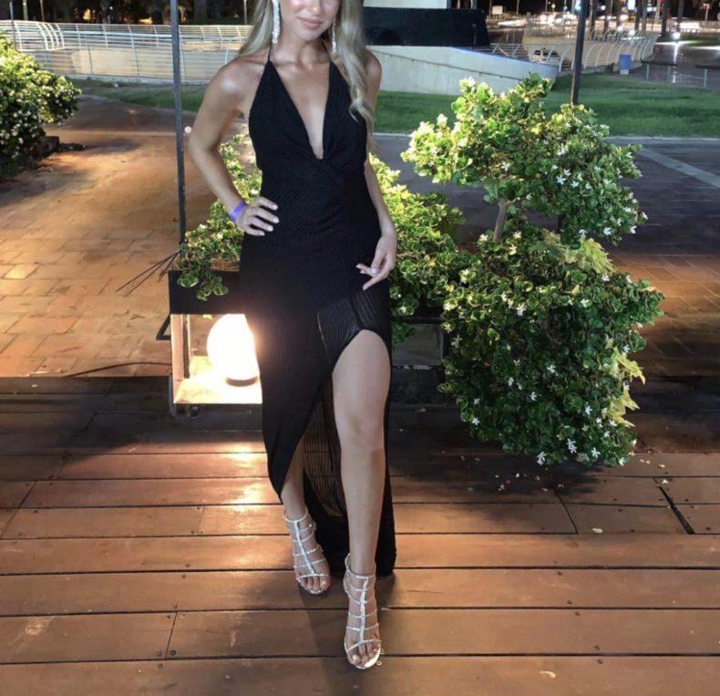 שמלת ערב קלאסית ומושלמת למכירה !