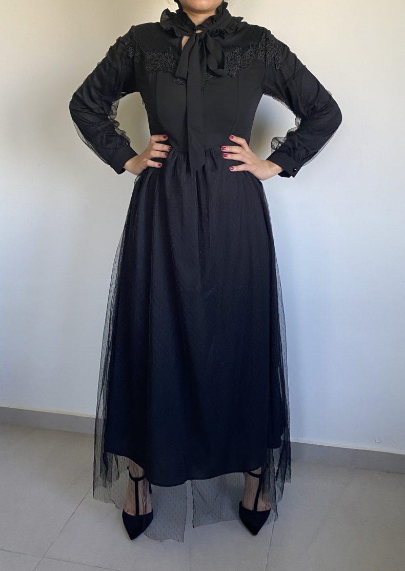 שמלת ערב צנועה בצבע שחור דו שכבתי